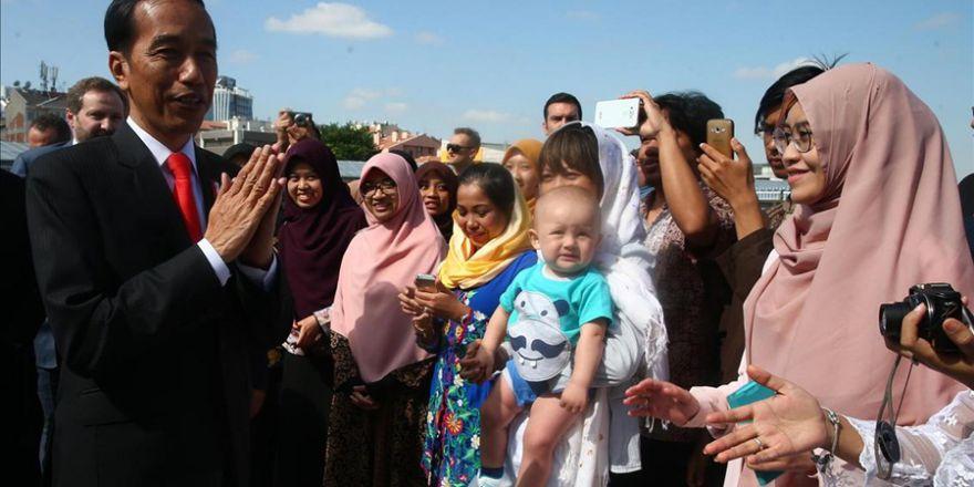 Endonezya Cumhurbaşkanı Widodo Kocatepe Camisi'nde