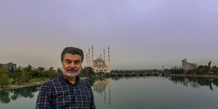 Adana merkez Camii'nin içinden de karelerimiz var.