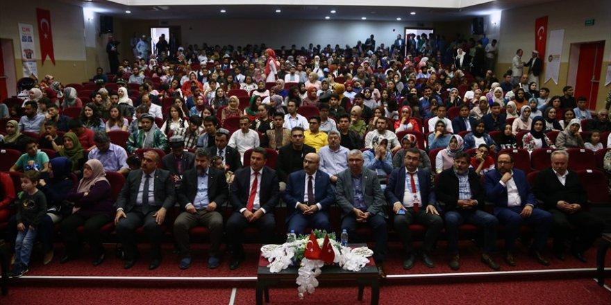 """Adana'da """"12. Uluslararası Öğrenci Buluşması""""dan Kareler."""