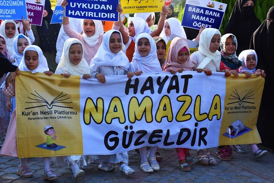 """Adana'da """"hayat namazla güzeldir"""" etkinliği 1"""