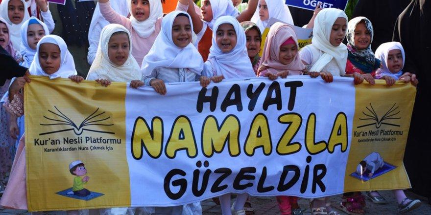 """Adana'da """"hayat namazla güzeldir"""" etkinliği"""