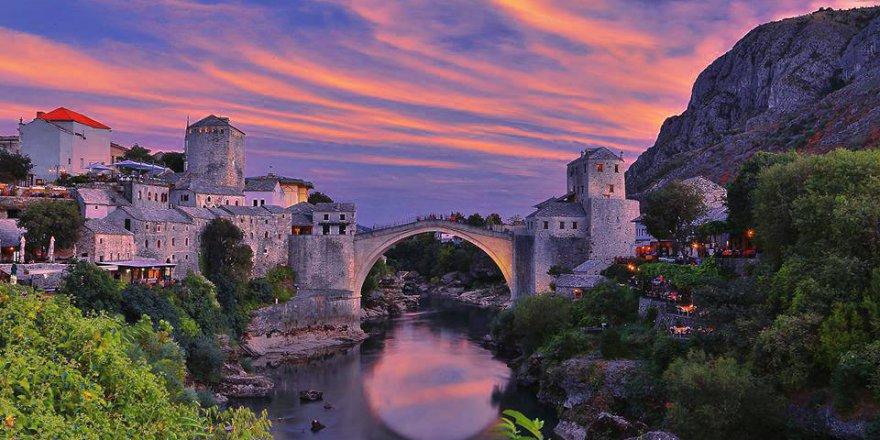 Bosna da MOSTAR a gittiğimizde bu kareleri çekmiştik..