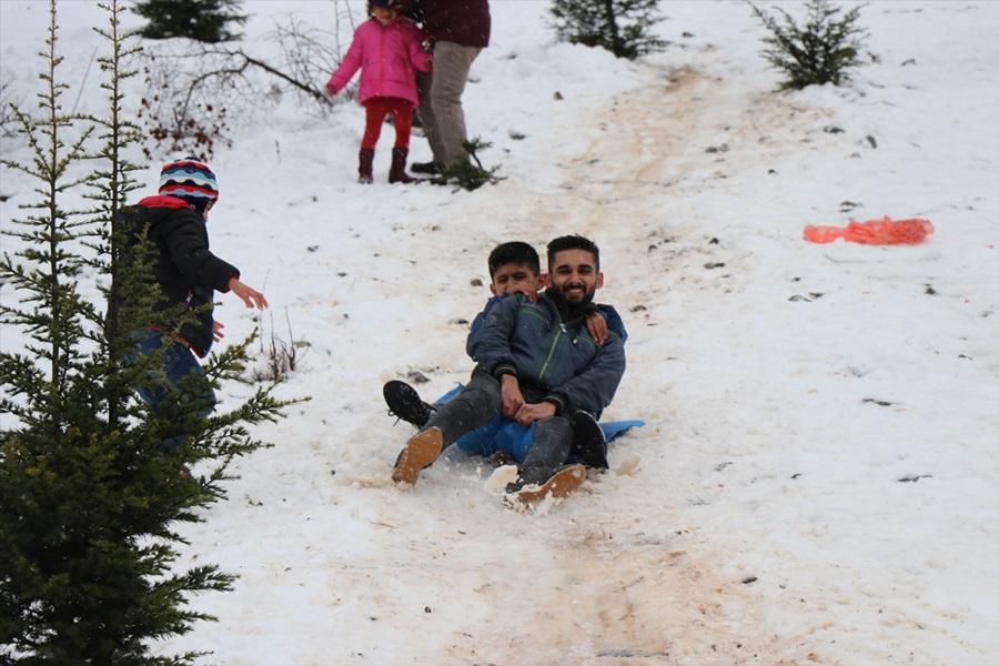 Adana ve Mersin'de vatandaşlar karın tadını çıkardı 1