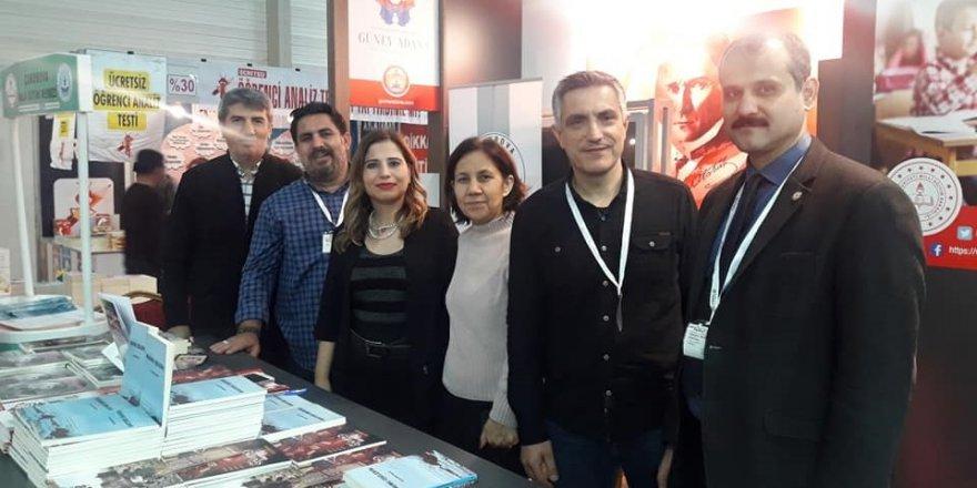 Onbinlerce Adanalı,Çukurova Kitap Fuarı'na akın etti..