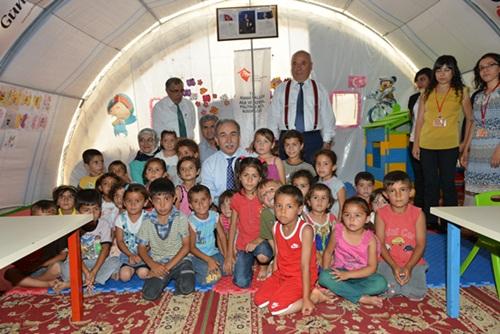 Suriyeli Çocuklara ?BÜYÜK? Sevgi