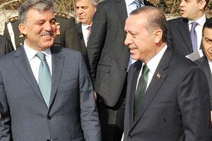 AK Parti vekillere 'Köşk'e kim çıksın' anketi