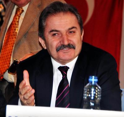 """Loğoğlu: """"Zeydan Karalar Başkan Olmayı Çoktan Hak Etti"""""""