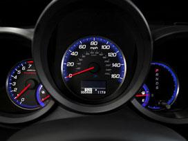Yollarda yeniden düzenlenen hız limitleri ?.