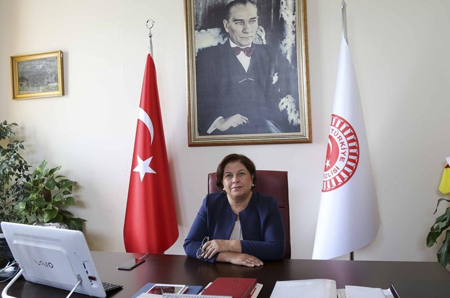 Elif Doğan Türkmen TBMM divan üyeliğinden istifa etti