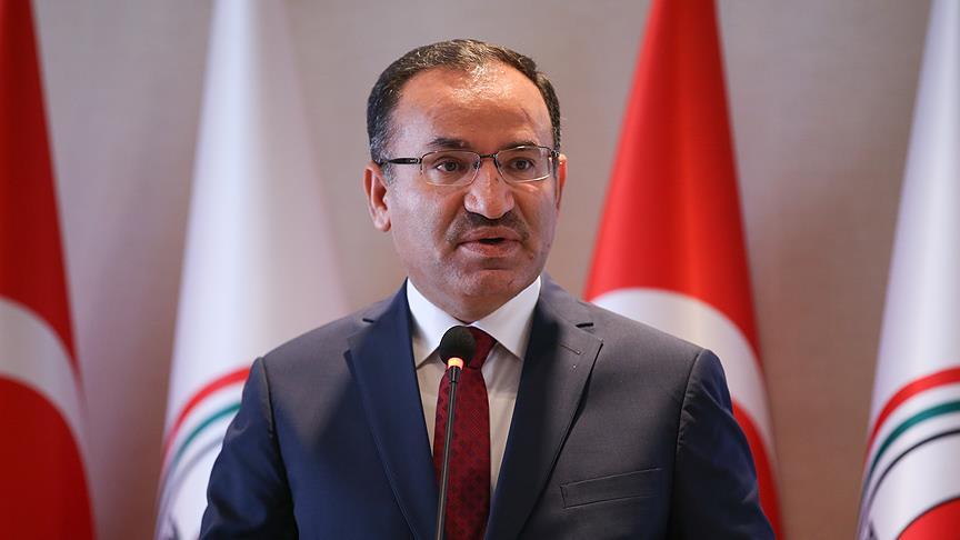 Adalet Bakanı Bozdağ: Kaçanlar, kaçtıklarıyla kalacaklarını düşünmesinler