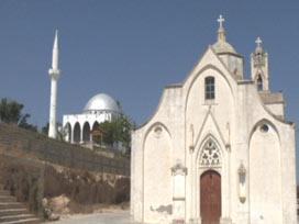 Kıbrıs'taki Rum Kiliseleri: Türklere karşıyız...