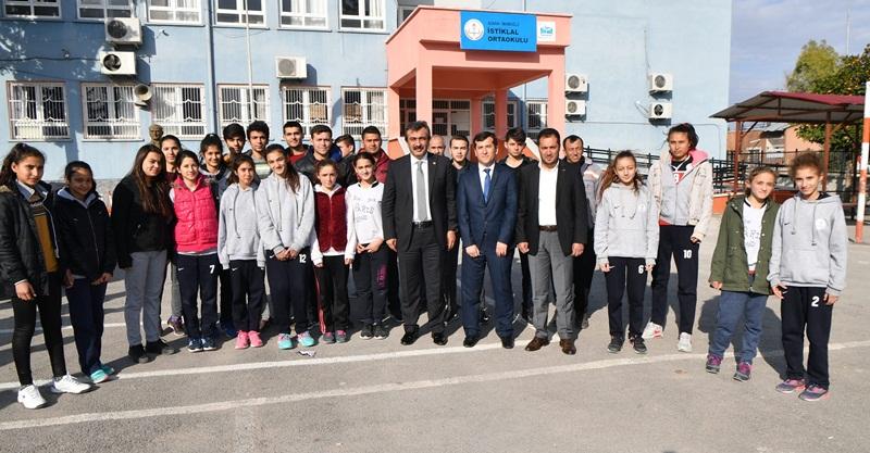 Sporculardan Başkan Çetin'e Teşekkür