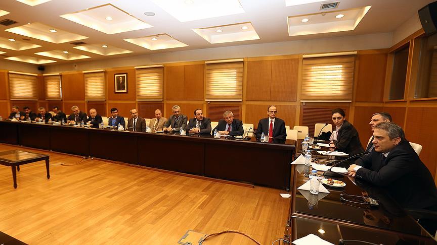 Suriye muhalefeti Ankara'da Cenevre toplantısına hazırlık için bir araya geldi
