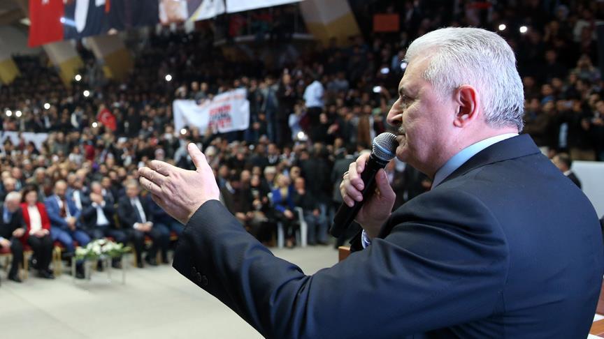 Başbakan Yıldırım: Cumhura saygısı olmayanların cumhuriyetçiliği de yalandır
