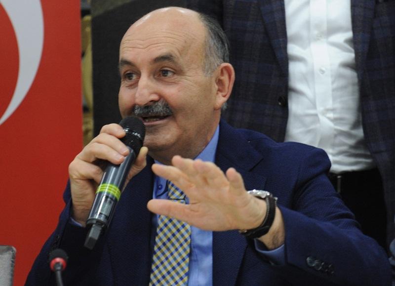 """Bakan Müezzinoğlu: """"Bu milletin hizmetkârı olmaktan gurur duyuyor"""""""
