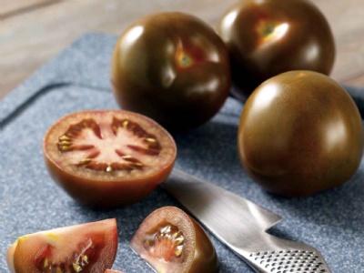 Kahverengi domates Türkiye piyasasında..