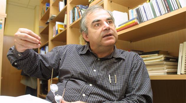 Berktay ateş püskürdü: Beyaz Türk devirmeci oldu