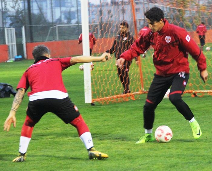Adanaspor'da Akın Çorap Giresunspor maçı hazırlıkları