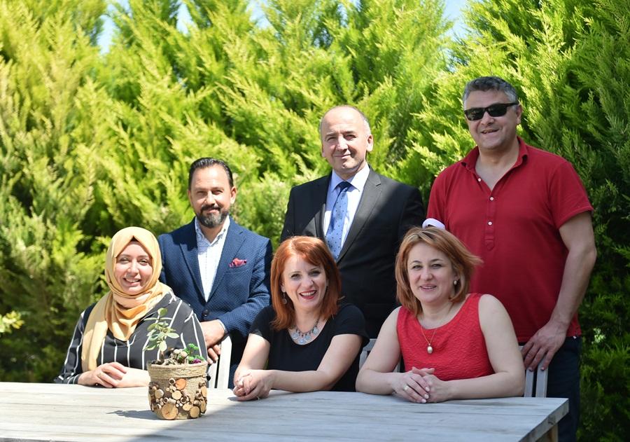 Mehmet Akif Ersoy'un Ata MemleketiKosova İpek İlçe Belediyesi'nden Sarıçam'a ziyaret