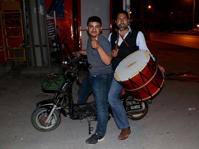 Ramazan davulcularının mesaisi başladı