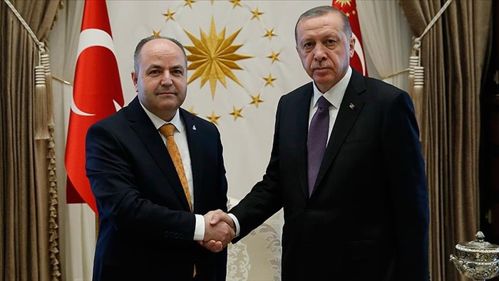 """Çelebi: """"Cumhurbaşkanımız diplomatik teamüller çerçevesinde gerekli cevabı verdi"""""""