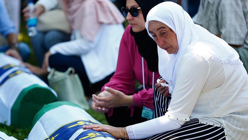 'Srebrenitsa'dan bugüne, hepimiz şehit aileleriyiz'