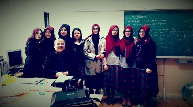 Hayri Bostan: Öğretmenler Günü