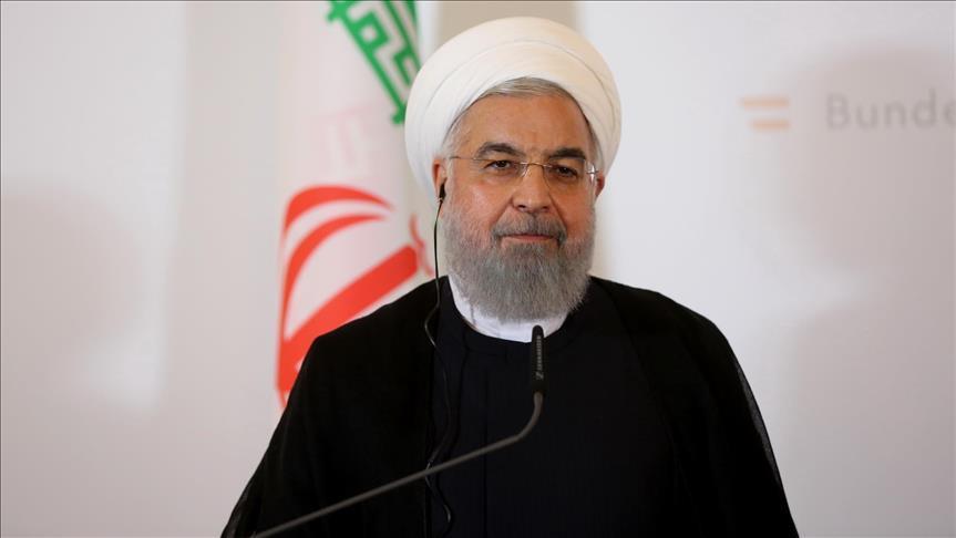 İran nükleer araştırma ve geliştirme taahhütlerini askıya aldı