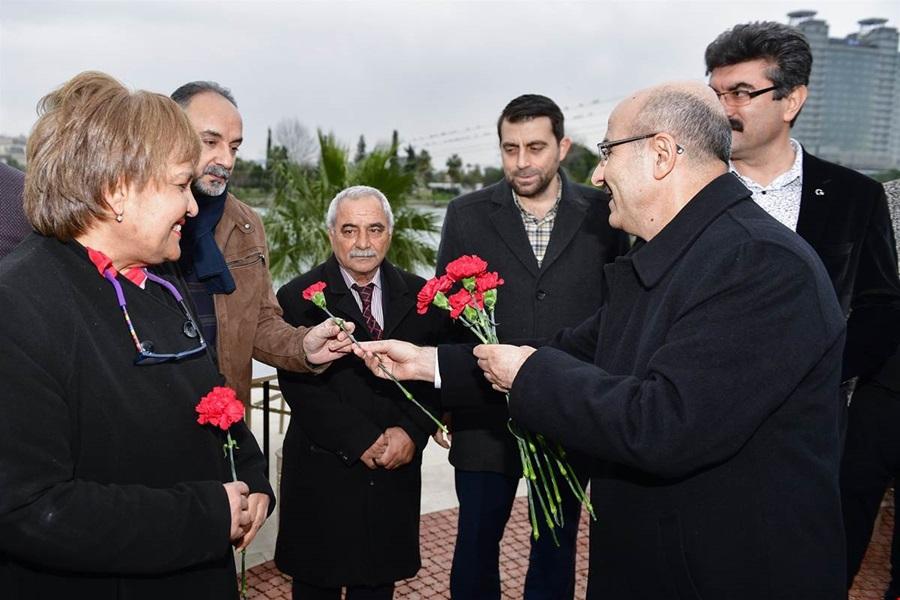 Vali Demirtaş'tan Çukurova Gazeteciler Cemiyeti'ne Ziyaret