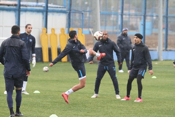 Adana Demirspor'da, Birevim Elazığspor hazırlıkları