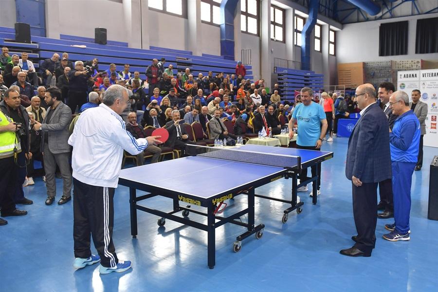 Vali Demirtaş Uluslararası 7. Veteranlar Masa Tenisi Turnuvası'nın Açılış Törenine Katıldı