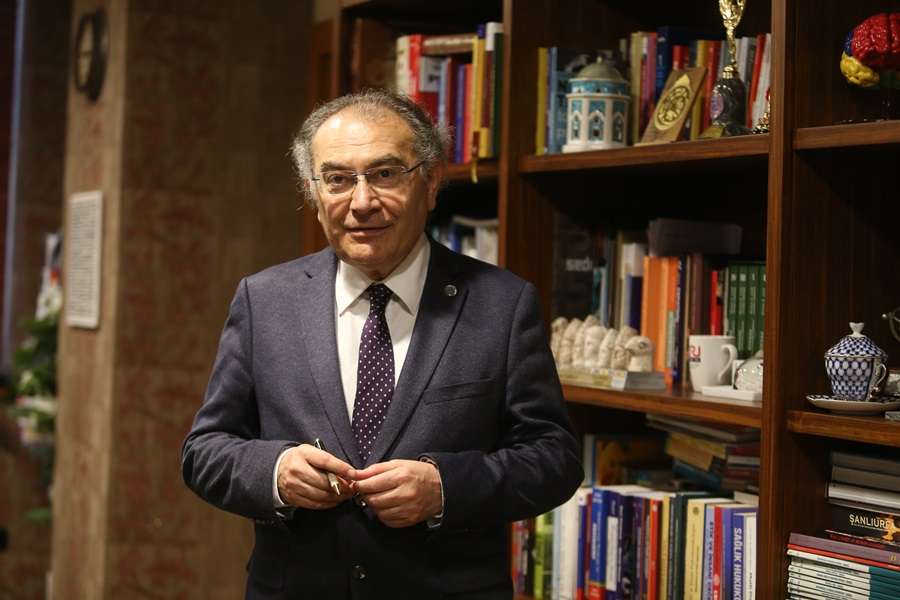 Prof. Dr.Tarhan'dan ideal evliliğin formülü: Aşk ve mantık bir arada olmalı