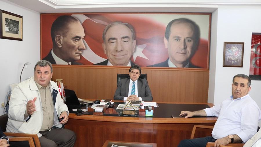 """MHP'li Varlı: """"ABD yönetimini uyardı: 'Deveyi yardan atan bir tutam ottur'"""