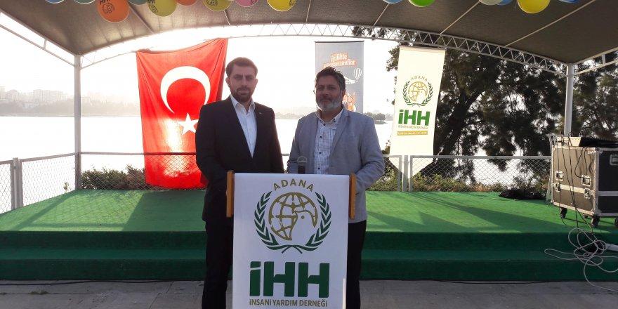 Adana İHH' dan İftar..