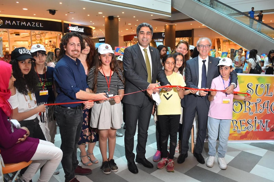 Suluca Ortaokulu Resim Sergisi açıldı