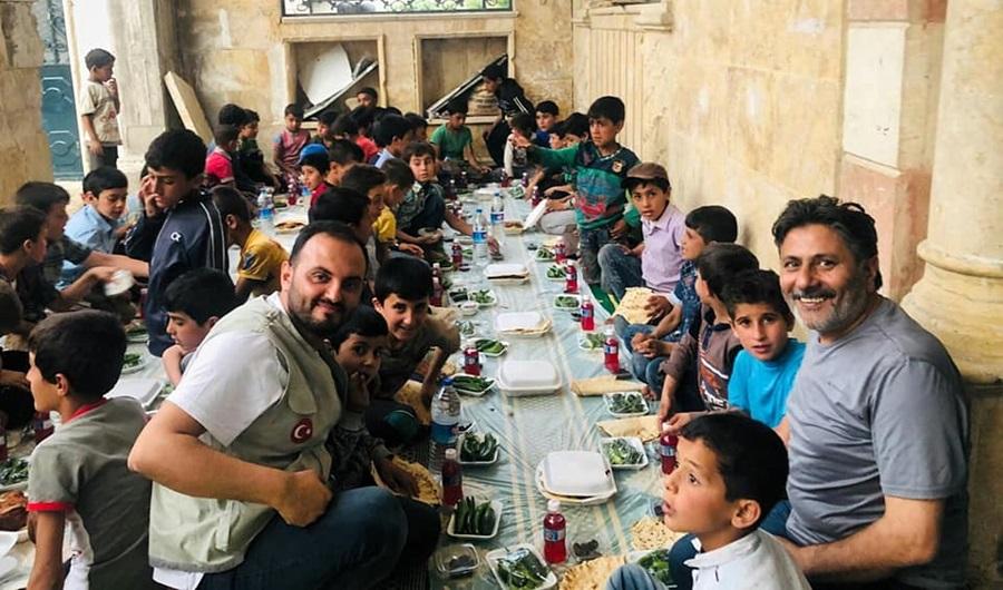 Adana IHH Mercidabık'lılarla iftar sofrasında buluştu..