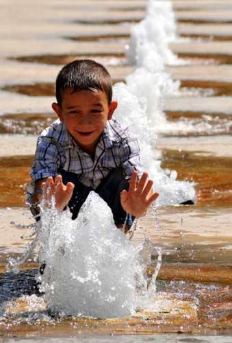 En fazla çocuk nüfus Türkiye?de görüldü