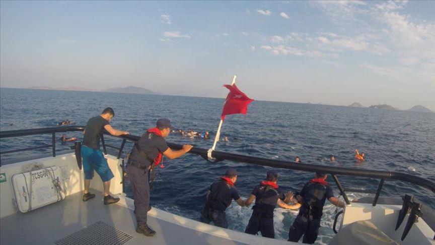 Bodrum'da düzensiz göçmenleri taşıyan tekne battı: 12 ölü
