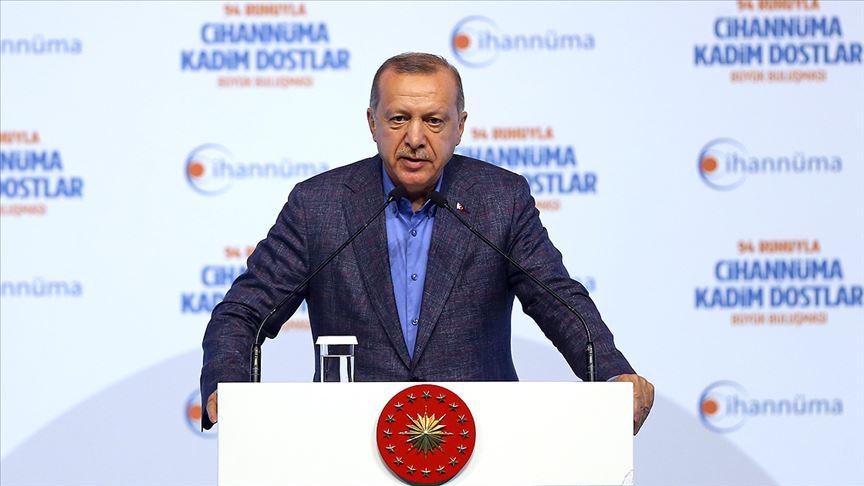 Erdoğan: Tarih Mursi'nin şehadetine yol açan zalimleri asla unutmayacaktır