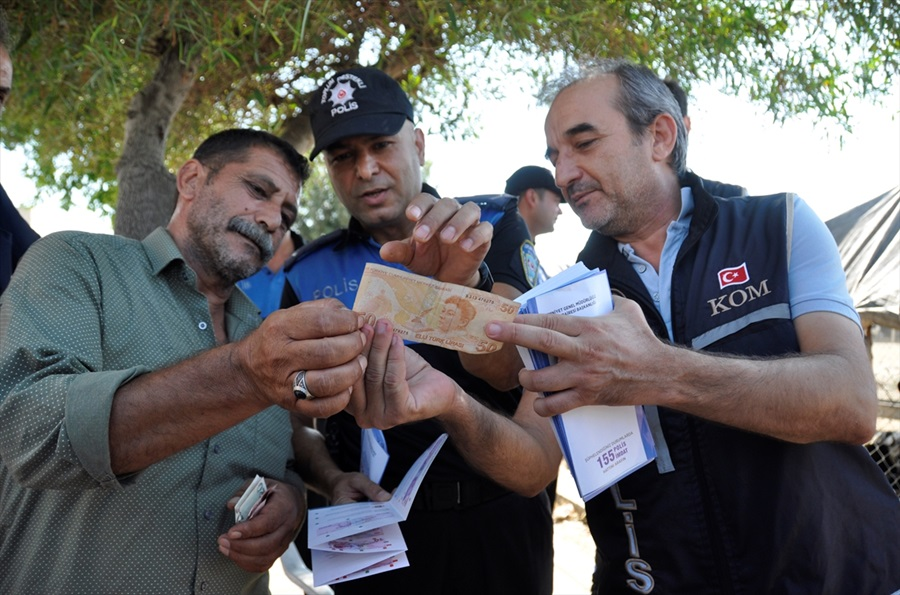 Adana'da kurban satış yerlerinde sahte para uyarısı