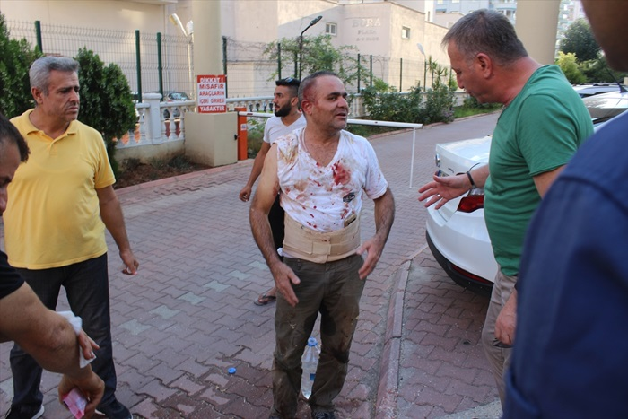 Adana'da bıçaklı kavga: 2 yaralı