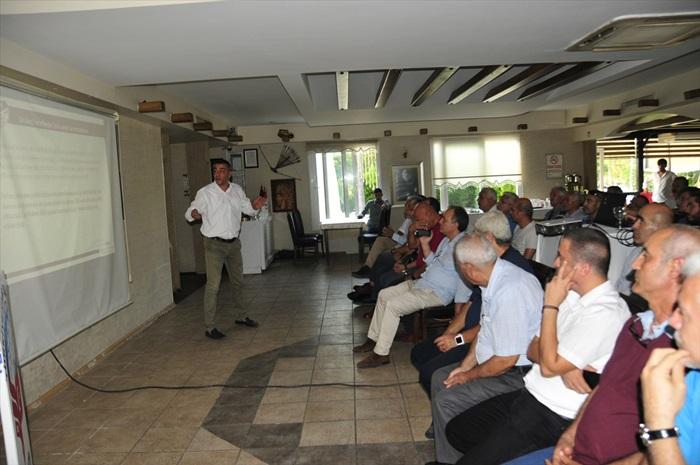 Adana'da, futbolda değişen oyun kuralları semineri yapıldı