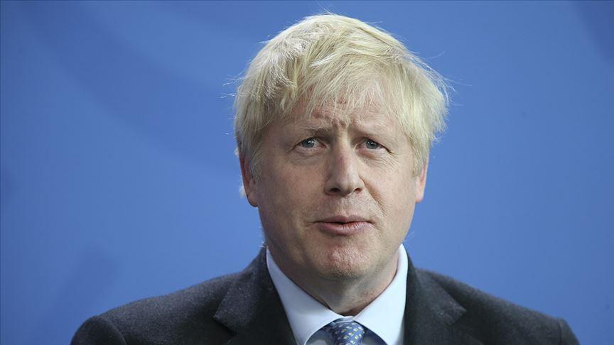 İngiliz vekil, Johnson'ın Müslüman kadınlardan özür dilemesini istedi