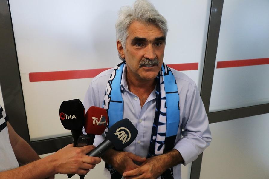 """Uğur Tütüneker: """"Dört gol bulduk, iyi bir oyun oynadık. Belki 6-7 gol atabilirdik"""""""
