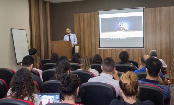 """AOSB'de """"Ar-Ge teknoloji yönetimi"""" programı devam ediyor"""