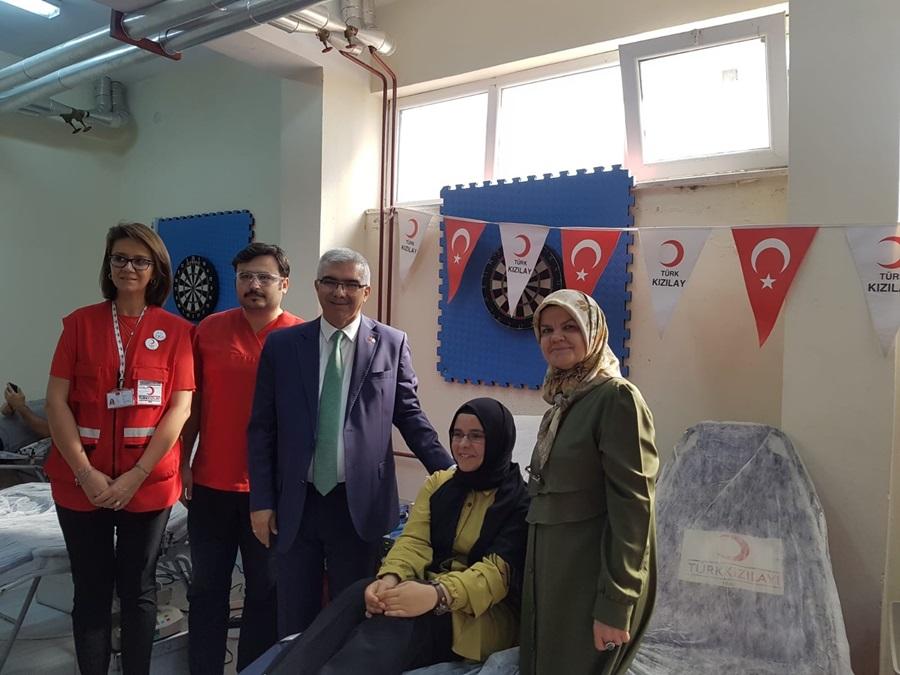 Kızılay kök hücre bağışı için okullarda