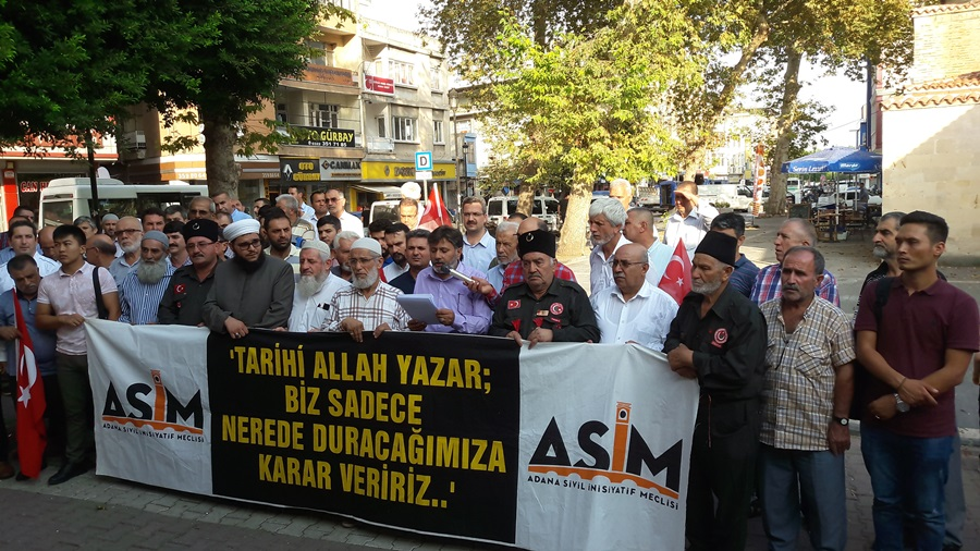 Mahmut Eraslan: 'Birilerinin iddia ettiği gibi bu bir Türk-Kürt savaşı değildir..'