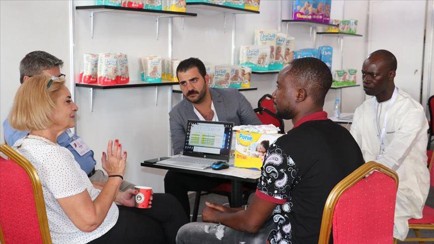Senegal'de düzenlenen ev eşyası ve kozmetik fuarında Türk firmalar boy gösterdi