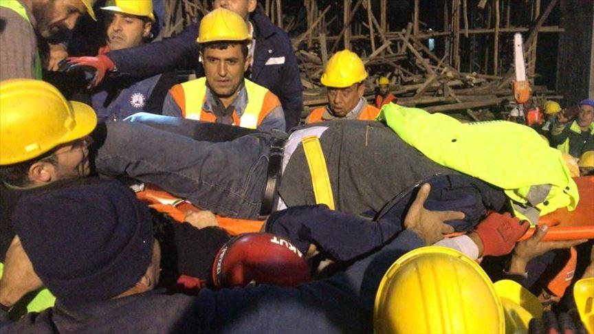 Gaziantep'te cami inşaatında çöken iskelenin altında kalan mühendise ulaşıldı