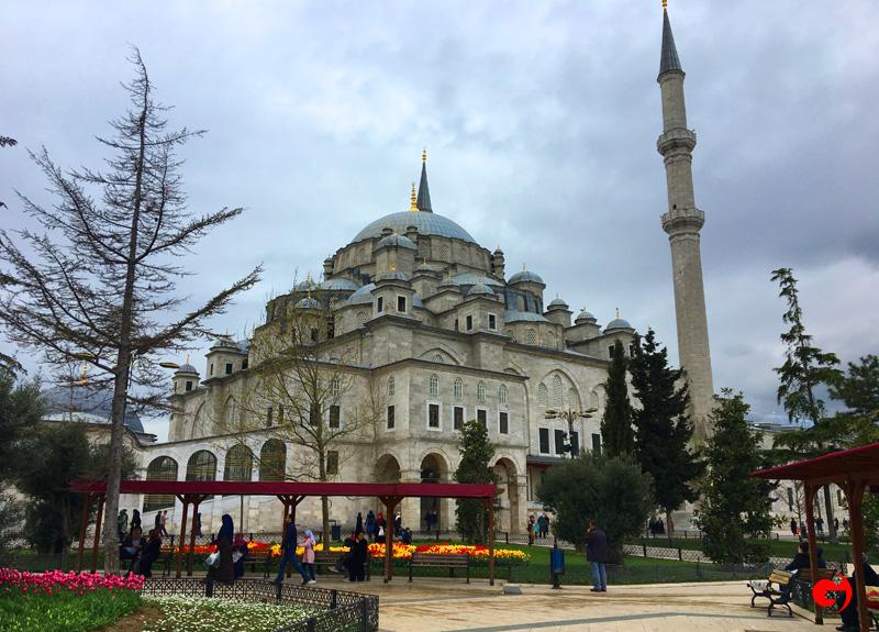 Mustafa Yürekli: İstanbul'un sembolü Fatih Cami'dir